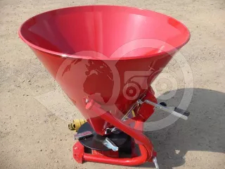 Compost Spreader (VN500) with cardan shaft (1)