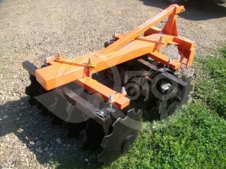 Disc harrow 90 cm, for Japanese compact tractors, Komondor SFT-90 (1)