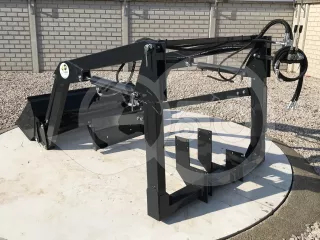Front loader for Iseki TG25 Japanese compact tractors, Komondor MHR-100TG25 (1)