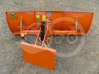 Snow plow 140cm, hidraulic lifting, hidraulic angle adjustment, for Japanese compact tractors, Komondor STLRH-140 (1)