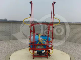Sprayer (Mounted, 200L) with unversal frame (1)