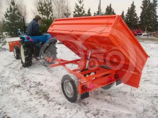 Trailer, tipping, 3 directions dumping, for Japanese compact tractors, Komondor SPK-750 (1)