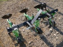 Cultivator with 3 hoe units, with hiller, Komondor SK3