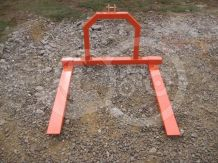 Pallet fork for Japanese compact tractors, Komondor RV-300