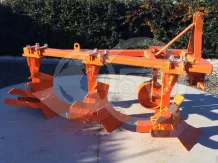 Plow with 3 heads, for 19-30HP Japanese compact tractors, Komondor SER-3